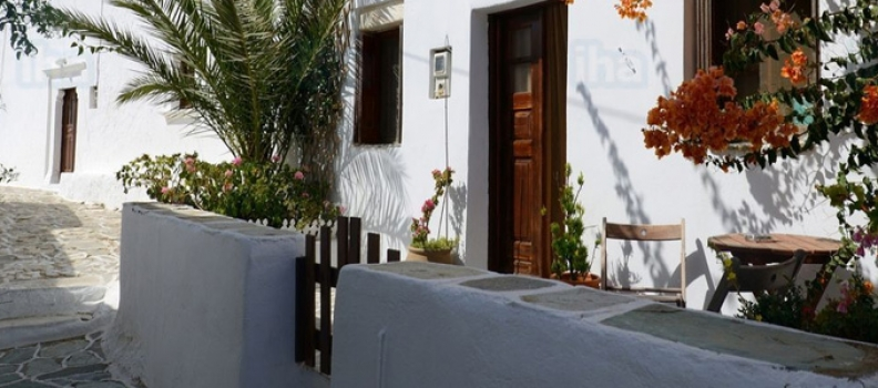 Go for a traditional house for your holidays